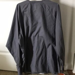 scrubs Jackets & Coats - LOT of two scrub jackets (grey and green) size Lg